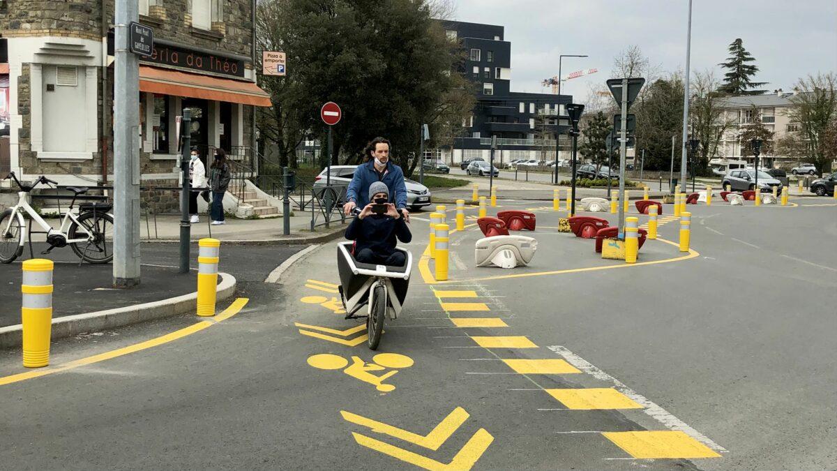 Expérimentation d'un rond-point à la néerlandaise aux Gayeulles